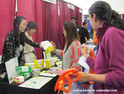 San Francisco area researchers learn about new lab supplies at a past Biotechnology Vendor Showcase™ Event.