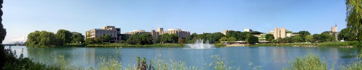 1200px-Northwestern_University_lakefill_panorama