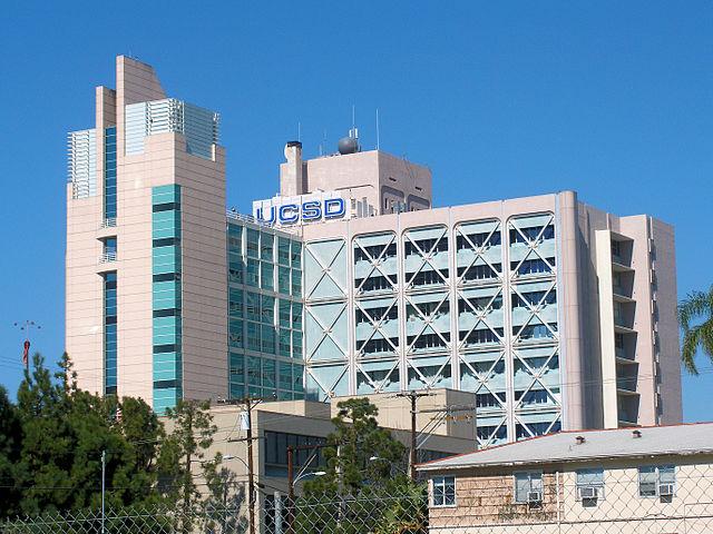 640px-UCSD_Medical_Center_Hillcrest (1)
