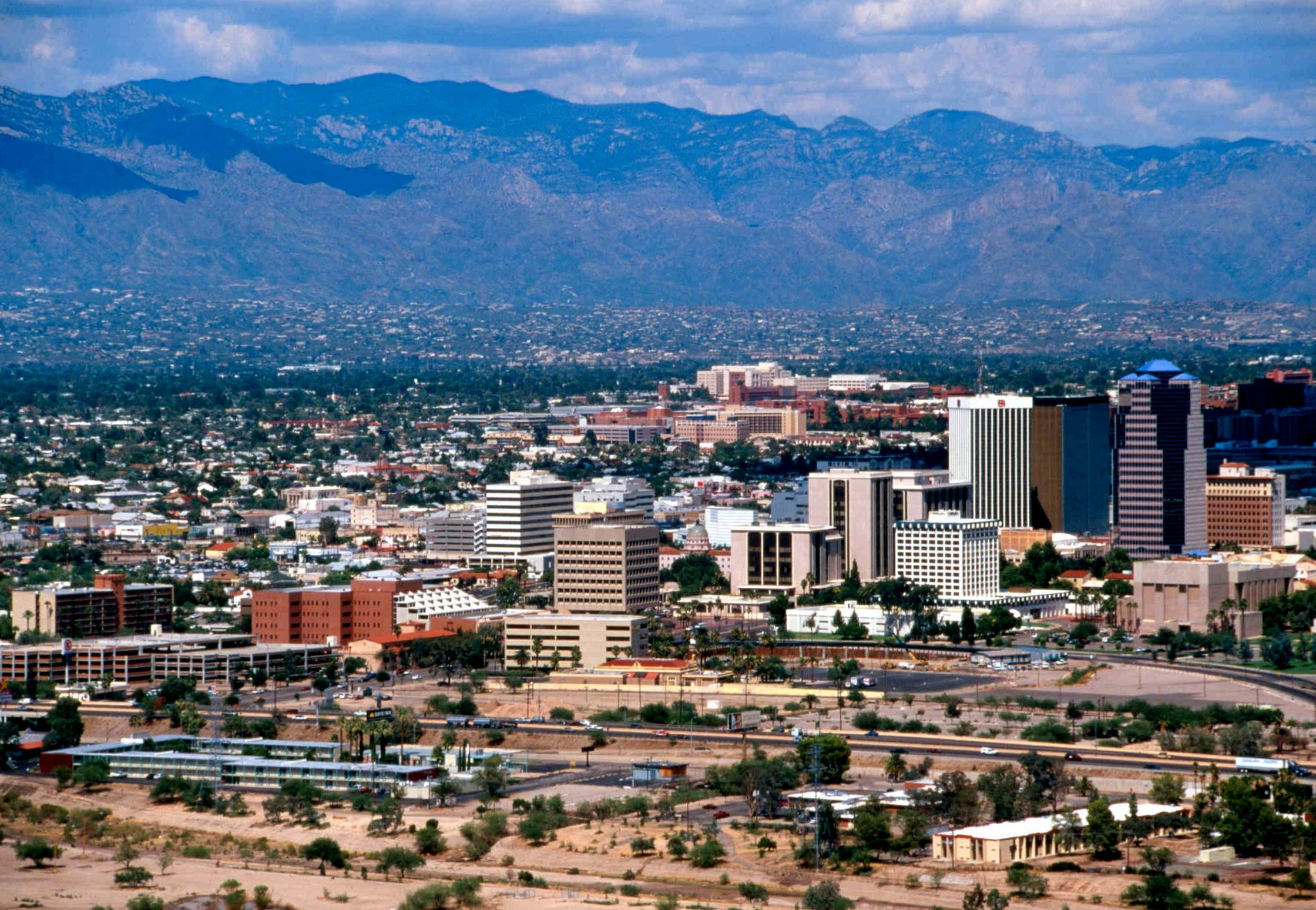 The University of Arizona, Tucson situated in the southwest US.
