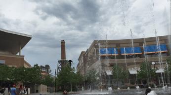 640px-The_Kansas_Legends_fountains_in_Kansas_City,_Kansas (1)