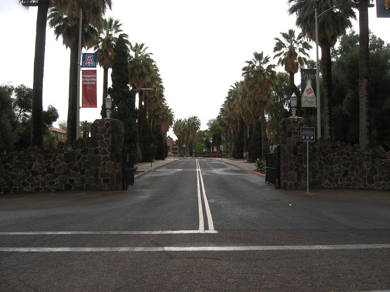 Main_Gate_University_of_Arizona_3442861709.jpg
