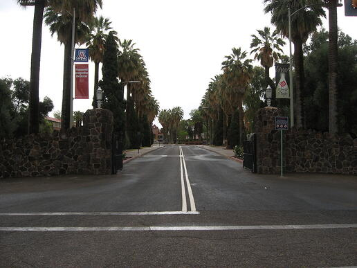 Main_Gate_University_of_Arizona_3442861709.jpg
