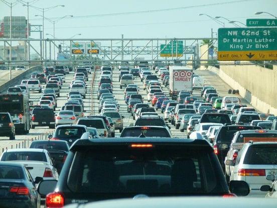 Miami_traffic_jam,_I-95_North_rush_hour.jpg