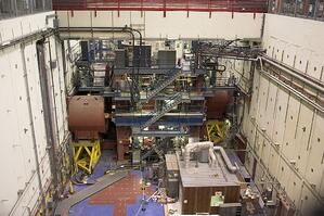 1024px-SLAC_pit_and_detector