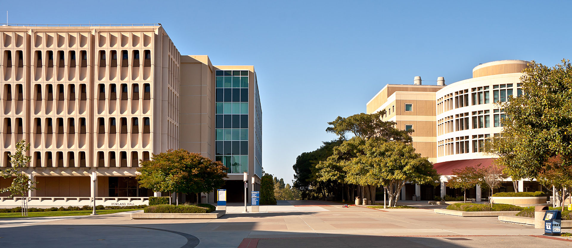 UC Irvine Science Plaza.