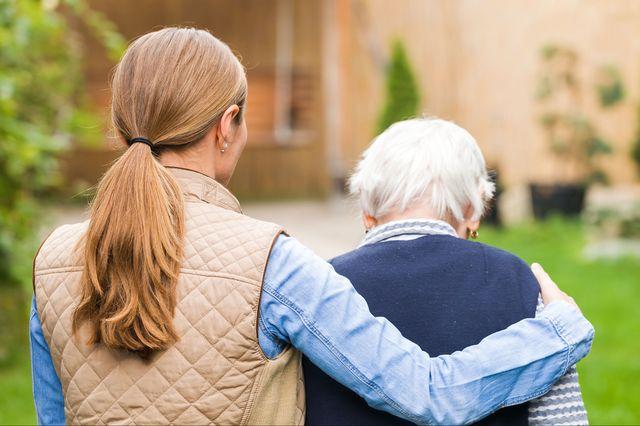 Senior+citizen+with+caregiver_mid