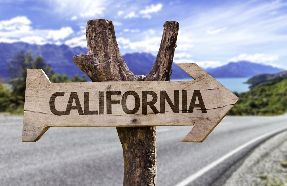 California State wooden sign with a paradise on background .jpeg