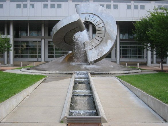 uw-madison-fountain-1233478