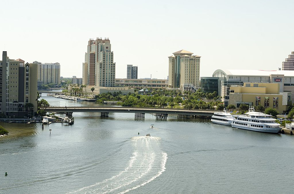 Tampa,_Florida_-_panoramio_(12).jpg